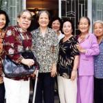 Cô Bình Minh, Cô Tỵ, Cô Thu Ba, Cô Mận, Cô Nhung, Cô Huởn, Cô Vân, Cô Ngọc Diệp (2003)