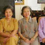 Họp Mặt GLBC (2006) - Cô Tiến, Cô Hiếu, Cô Như Tuyết, Cô Tuyết Mai, Cô Xuân Mai, Cô Mỹ, Cô Bạch Hạc